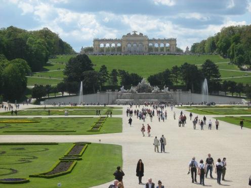 grădina, palat