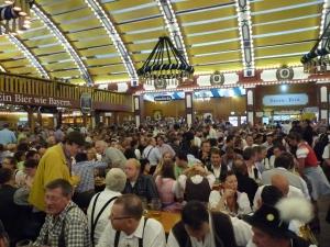 Oktoberfest, bere, halbă