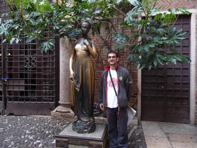 Giulietta şi Romică
