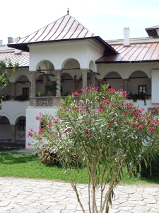 Curtea interioară a Mănăstirii Hurezi