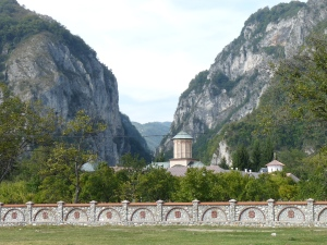 Mănăstirea Polovragi şi Cheile Olteţului